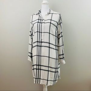 Old Navy | White Plaid Windowpane Dress